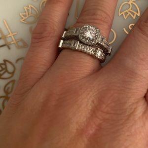 Gatsby 18k moissanite wedding set vintage beauty